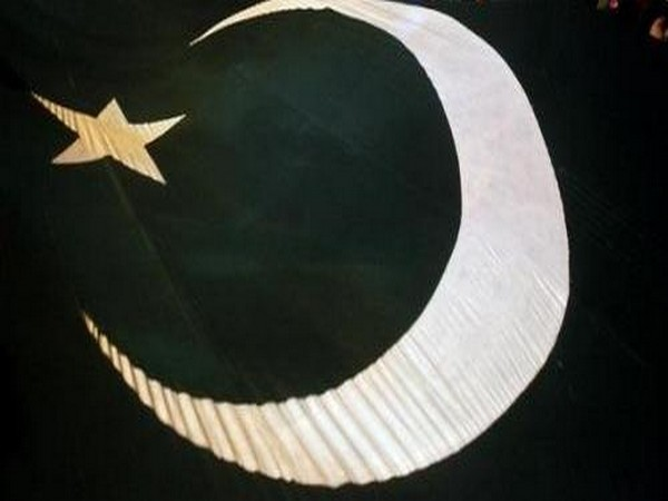 Pak's banned Islamist party's chief released from Lahore jail
