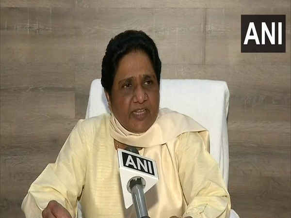 Mayawati lashes out at BJP, Congress for doing politics over migrant workers