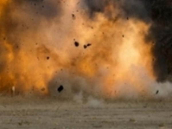 Car bombs shake Somali military base, deaths reported