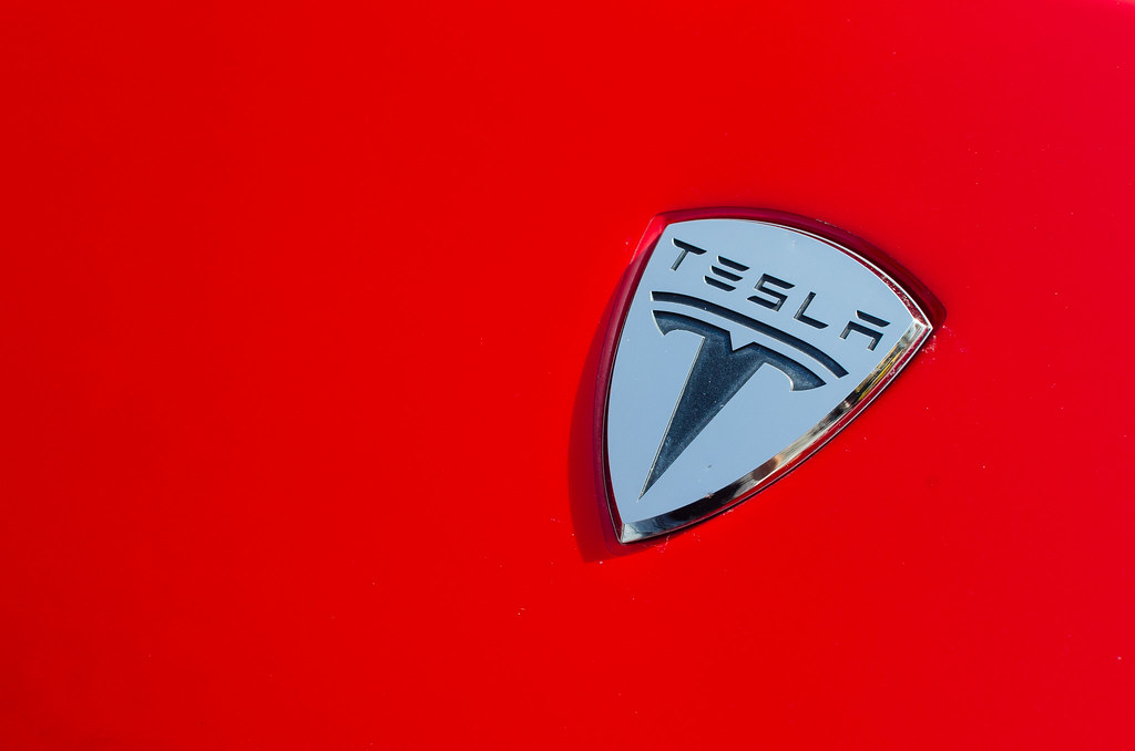 SPECIAL REPORT-How the Chinese tycoon driving Volvo plans to tackle Tesla