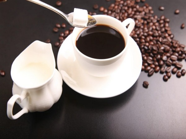 Here's how drinking coffee can improve survival in metastatic colorectal cancer patients