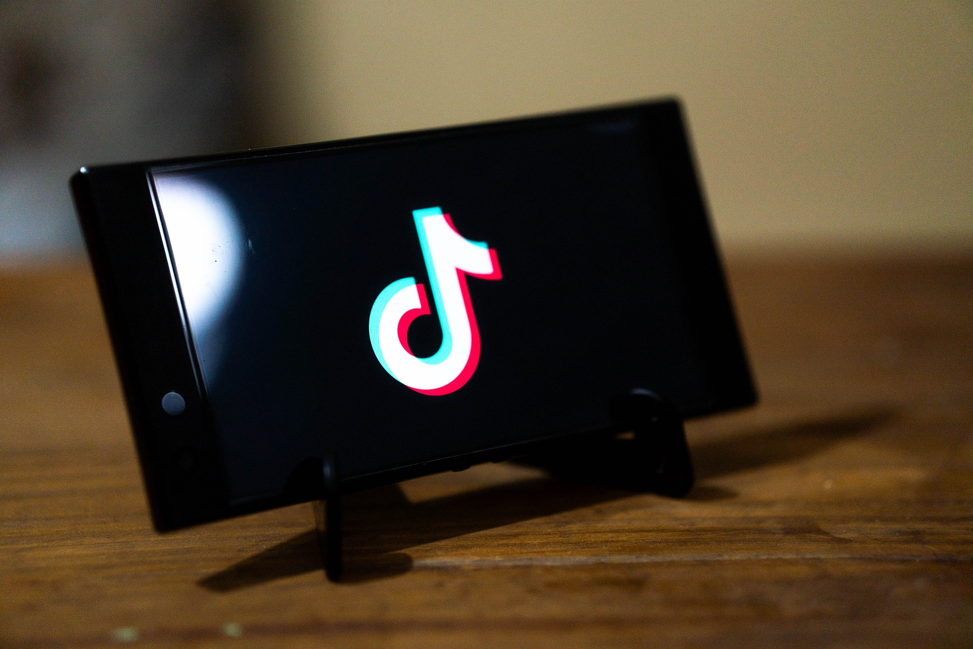 20 Best Sites to Buy TikTok Likes (Real & Instant)