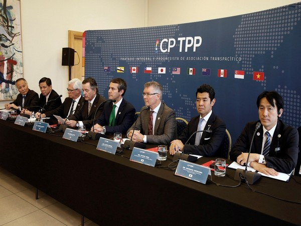 Malaysia 'looks forward' to welcome China's bid to join TPP trade deal