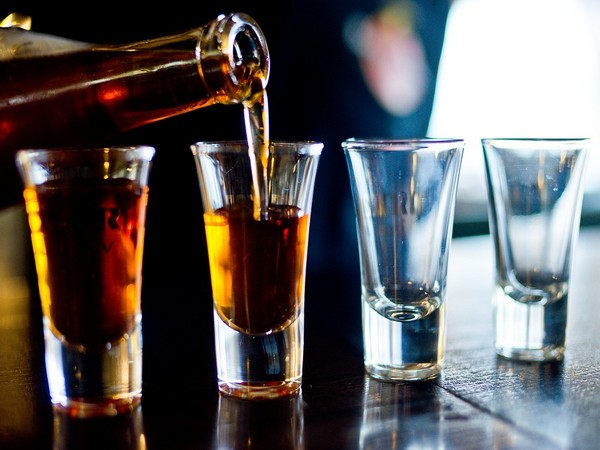 Alcohol ban and curfew reintroduced to boost SA's fight against COVID-19