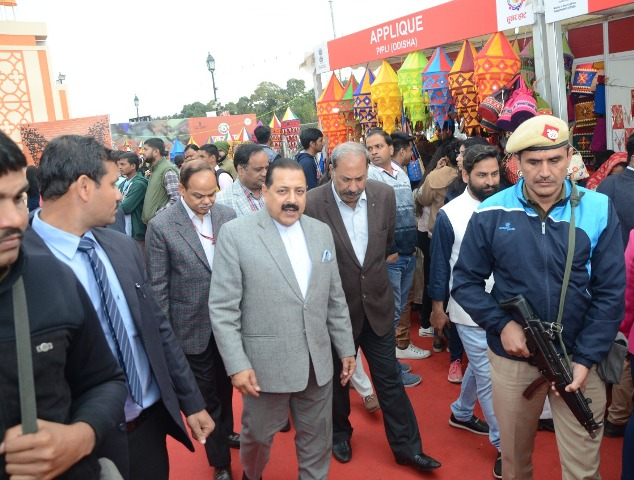 Hunar Haat: Dr. Jitendra Singh visits stalls put up by J&K and NE artisans