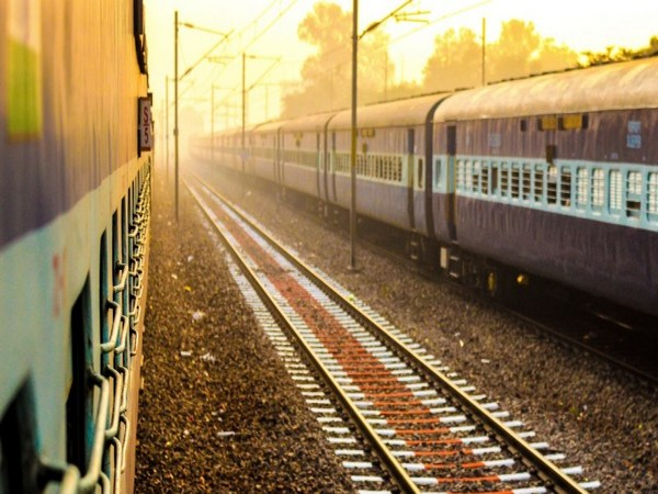 COVID-19: Rlys to limit entry/exit points at stations in Mumbai