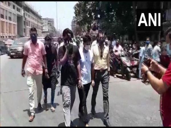 Three arrested for black marketing of Remdesivir in Maharashtra's Thane