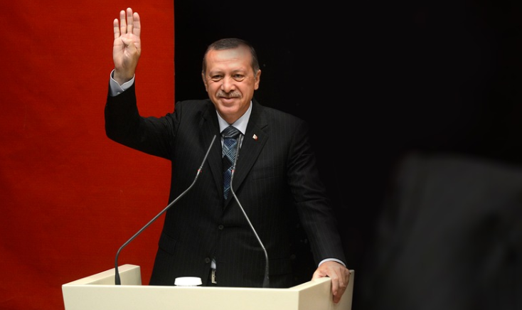 Greece and Turkey aim to smooth differences, leaders to meet