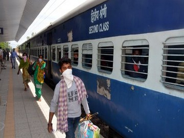 Rly ferries around 36 lakh migrants in 2,600 Shramik Special trains since May 1