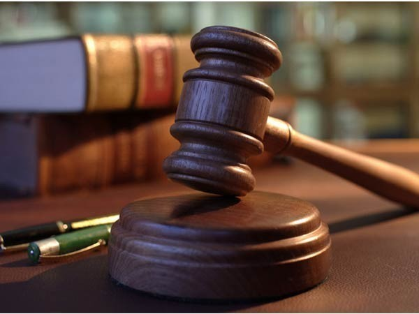 Shouting Sunny Deol's iconic dialogue 'Tarikh par Tarikh', man creates ruckus in Karkardooma court over delay in justice