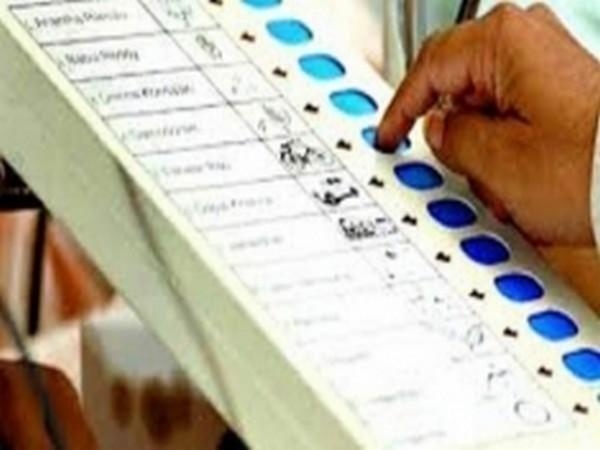 West Bengal cops be kept away from 2021 polls: Vijayvargiya