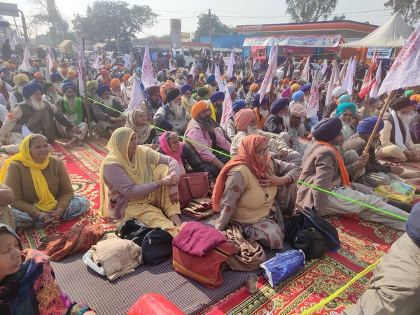 Akali leader Sirsa urges Govt to mark Gurupurab by repealing contentious farm laws