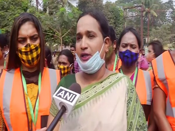 Transgenders to collect parking fees in Bhubaneshwar