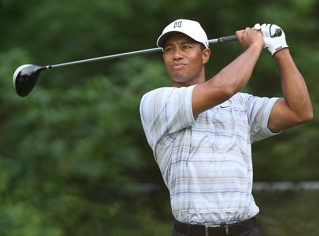 Golf-Tiger Woods hospitalized after being involved in car accident