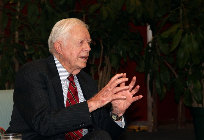 UPDATE 1-Former U.S. President Carter hospitalized in Georgia with urinary tract infection