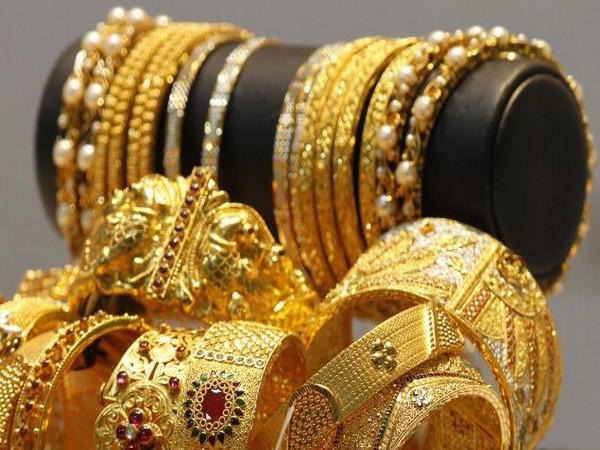 Gold worth Rs 1.09 crore seized at Mangaluru int'l airport