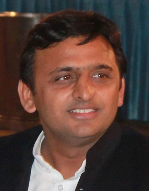 Akhilesh Yadav leaves for Rampur to lend support to Azam Khan