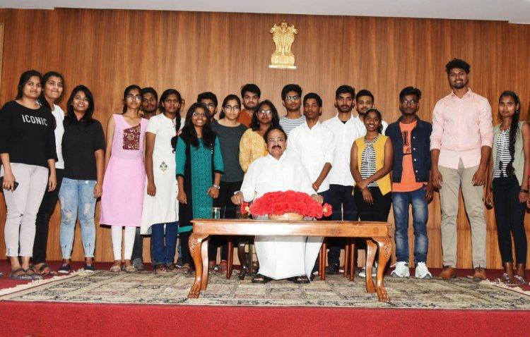 Over 3 lakh students register for UG courses in DU till Thursday