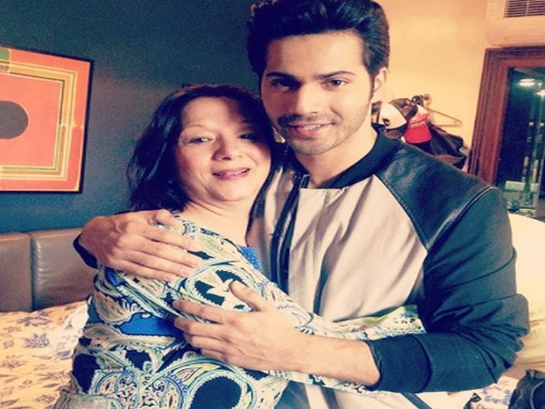 Varun Dhawan mourns his aunt's demise