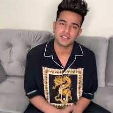 Jass Manak is all set to charm his fans on TakaTak Manch this Friday