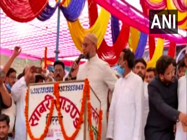 Owaisi calls himself 'abba' of weaker sections in UP