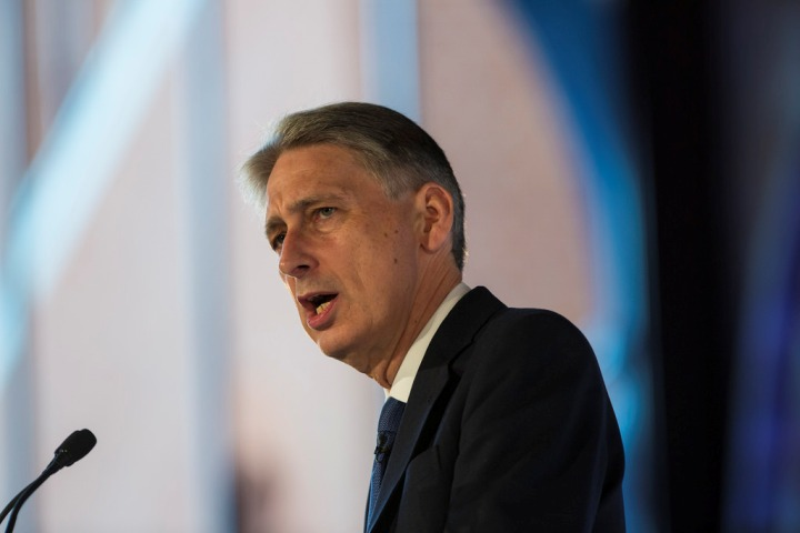 UK Finance minister Hammond says 'no red lines' in talks with Labour party