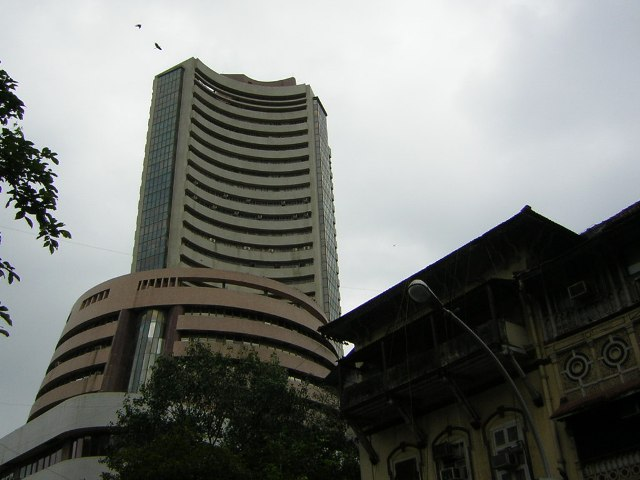 Stock markets wipe out early gains, Sensex plummets 204 points