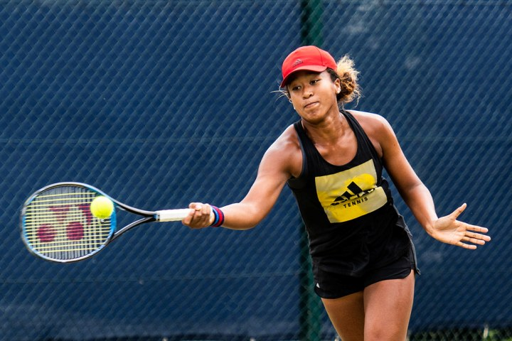 UPDATE 1-Tennis-Osaka pulls out of Rome quarters with hand injury