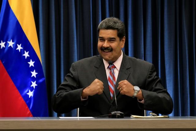 "UPDATE 2-Venezuela says talking with ""democratic"" opposition in Norway"