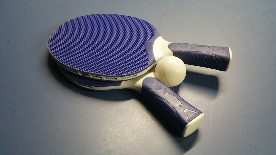 Olympics-Table Tennis-Chinese women, men advance to team finals