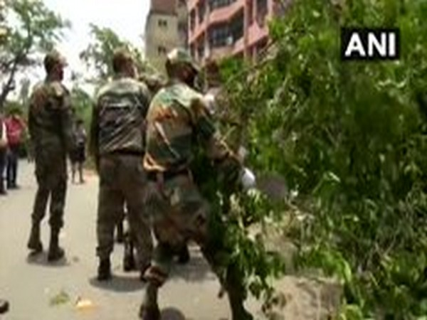 Indian Army, NDRF conduct restoration work in Kolkata after cyclone Amphan