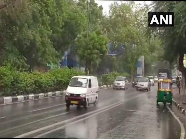Extensive waterlogging, traffic congestion in Delhi due to rains