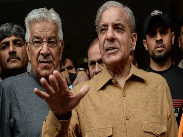 Opposition leader slams Pak PM for statement assuring Kashmiris right to opt for independence