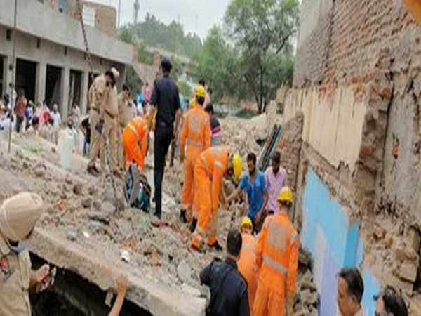 Building's roof collapses in Mohali's Dera Bassi, four people die