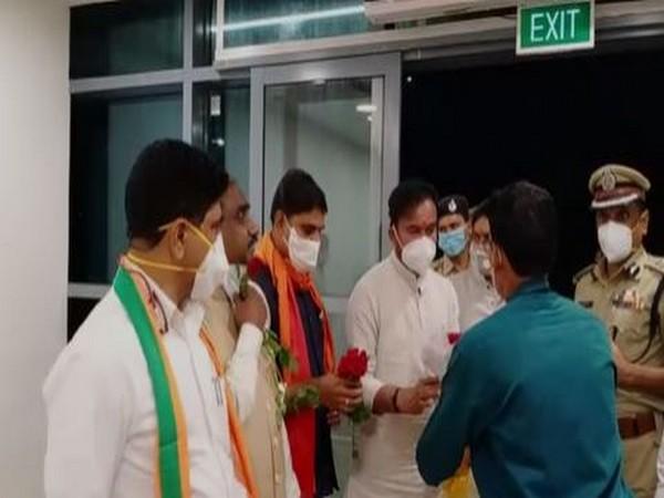 G Kishan Reddy arrives Andhra, offers prayers at Kanaka Durga temple