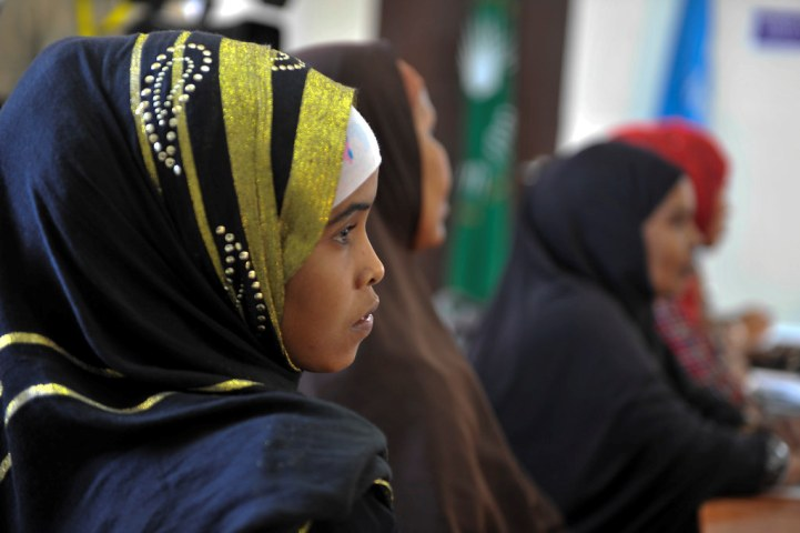 UN-Habitat and Sweden disburse direct cash transfers in COVID-19 hit Kismayo