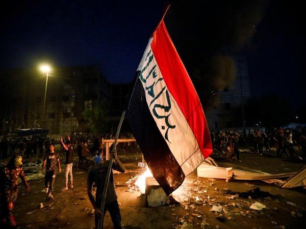 UPDATE 5-At least six killed as security forces open fire on Iraq protesters