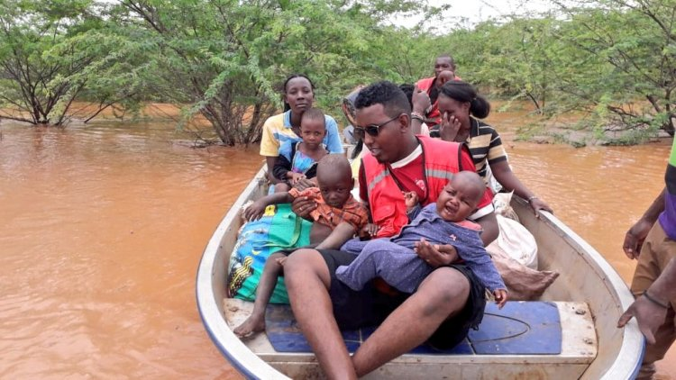 Kenya floods uproot families, disrupt fishing, farming communities