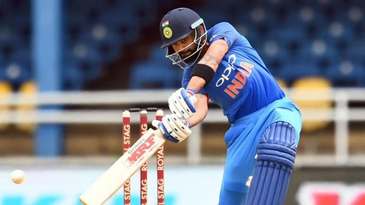 'Bail Us Out': Kohli, Finch complain about problems caused by heavy LED bails