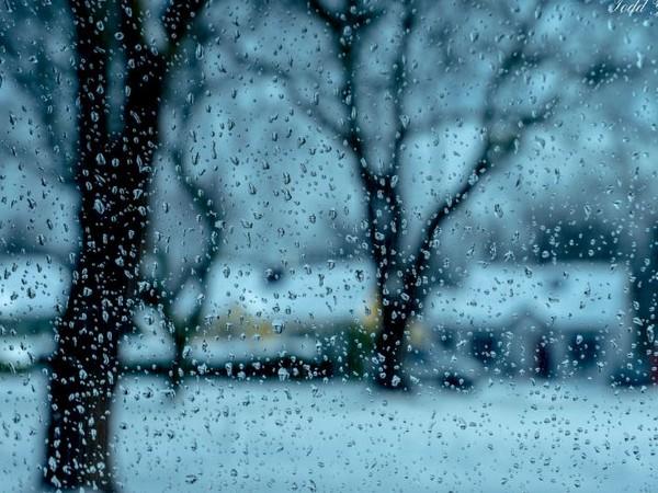 Keylong, Kalpa, Manali in Himachal Pradesh shiver at sub-zero temperature