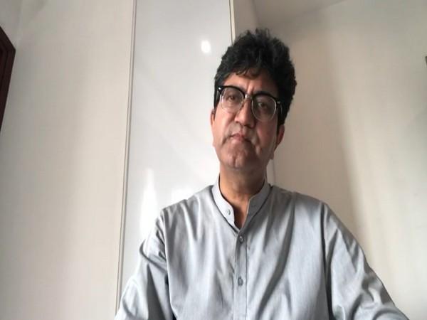 'Haan ghar me rahega desh' Prasoon Joshi pens poem in support of COVID-19 lockdown