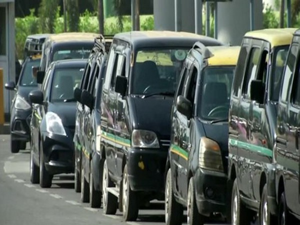 Delhi airport sets up dedicated area to sanitise cabs before pick up