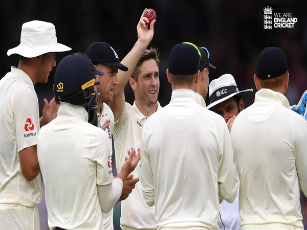Cricket-Australia seize control as England wilt at Lord's