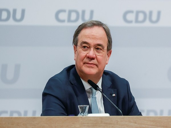 Merkel's successor Laschet reveals his vote preference in election blunder