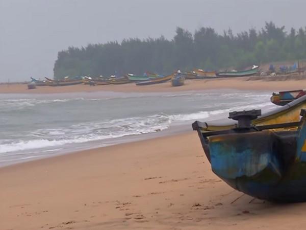 Cyclonic storm Gulab crosses north Andhra Pradesh, south Odisha coasts