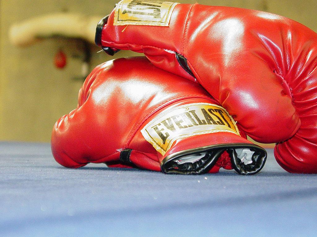 Duryodhan advances, India continue unbeaten run at World Boxing C'ships