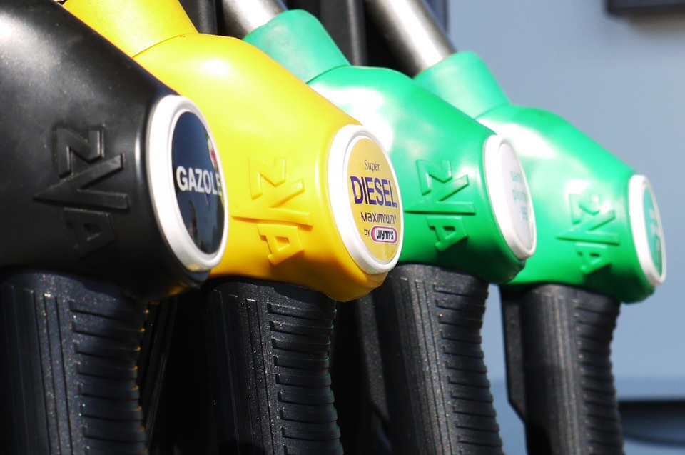 Liberia suspends fuel importers' licences over gasoline shortages