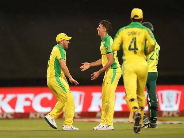 Warner, Starc take Australia to T20I series win over SA