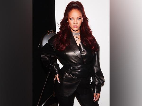 Rihanna donates safety gear to New York hospitals