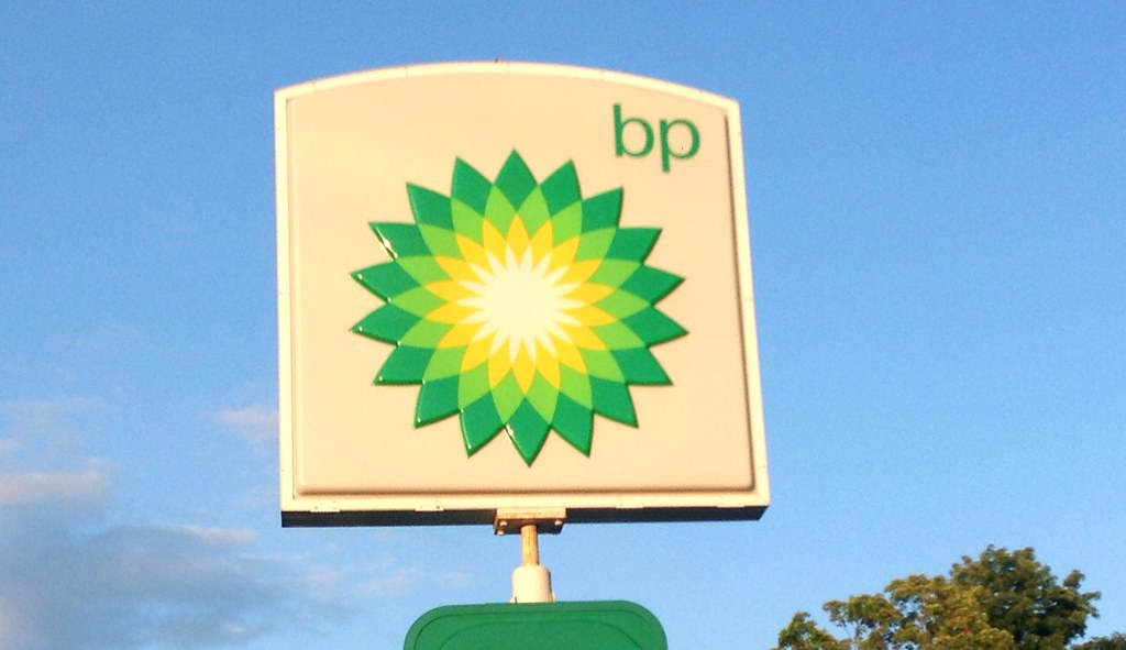 UK gas stations are running dry in English cities, retailers association says
